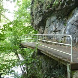 Abwechslungsreiches Wandern auf dem Lahnwanderweg - 013