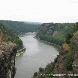 Rheinsteig Rhein bei Loreley