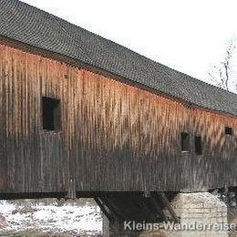 Vogtland, Holzbrücke über die Weiße Elster beim Lochbauer