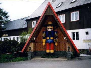 Erlebnisreiche Wanderung durch das Erzgebirge - am-nußknackermuseum