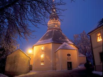 Erlebnisreiche Wanderung durch das Erzgebirge - seiffen-kirche