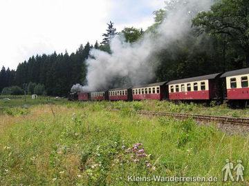 Harzer-Hexen-Stieg,  Harzquerbahn bei Schierke