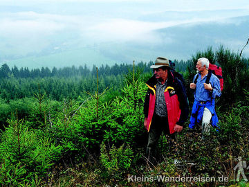 Sauerland Wanderer bei Jagdhaus