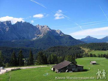 Südtirol Blick zum Latemar